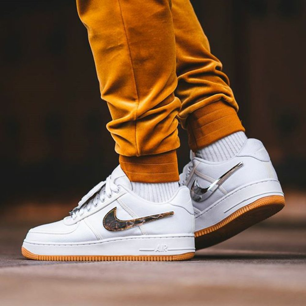 air force 1 travis scott noir