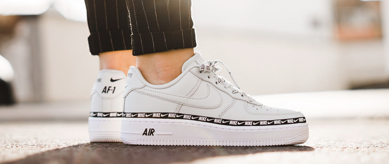 Nike AIRFORCE 1'07 Ribbon